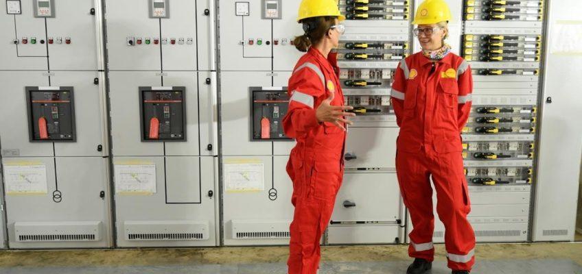 EU Energy Commissioner visits REFHYNE, the world's largest PEM hydrogen electrolysis plant under construction